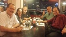 De izquierda a derecha, Leonardo Garet con Susana Gayol, Eduardo Mernies, Miguel Ángel Campodónico y Guillermo Lopetegui, San Rafael, Montevideo, 2 de diciembre de 2016.