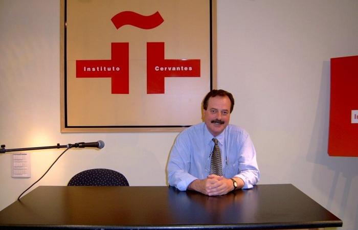 Garet at Cervantes Institute, Tel Aviv, 2003.
