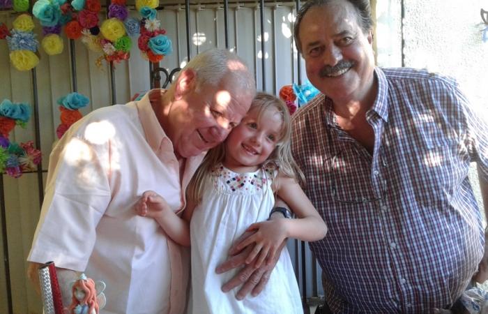 Con Jorge Frizzi, en el día del sexto cumpleaños de la nieta de ambos, Ana Clara.