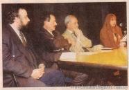 En la presentación de Las hojas de par en par, junto a Lauro Marauda, Miguel Ángel Campodónico y Marosa di Giorgio, 1999