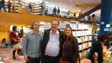 Con los escritores Ronaldo Cagiano y Eltania Andre, Librería de San Pablo, 16 de noviembre de 2016.